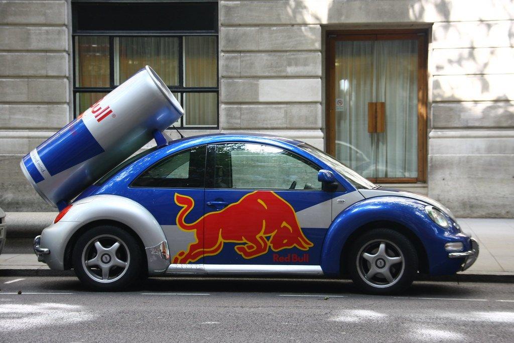 Arabaya reklam alarak pasif gelir kazanmak